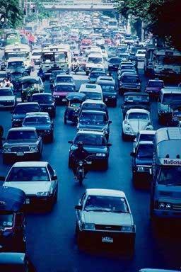 wzrastająca emisja z pojazdów